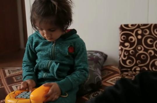 عملیات روانی تروریستها/از دختر ۸ ساله که عروس «داعش» شد تا اسرای خردسال که زبان مادری را فراموش کردند+تصاویر