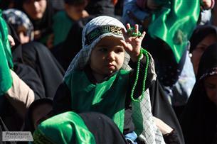 حرم مطهر رضوی میزبان شیرخوارگان حسینی