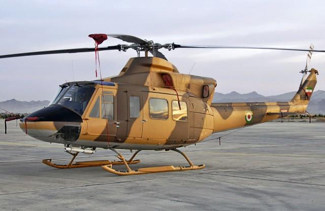 یک بالگرد آموزشی ارتش در منطقه ملارد به دلیل نفص فنی دچار حادثه شد
