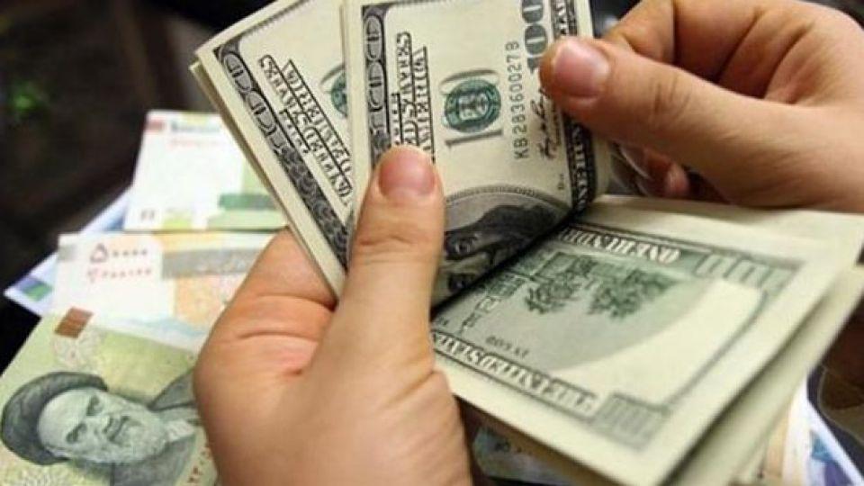 بلبشوی اقتصادی در بازار ارز/آیا قیمت دلار فروکش خواهد کرد؟