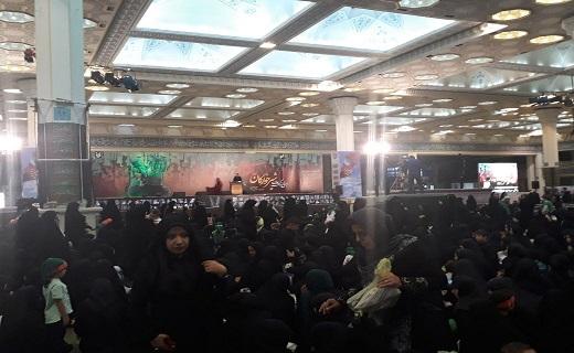 آغاز مراسم شیرخوارگان حسینی در مصلای بزرگ امام خمینی (ره)