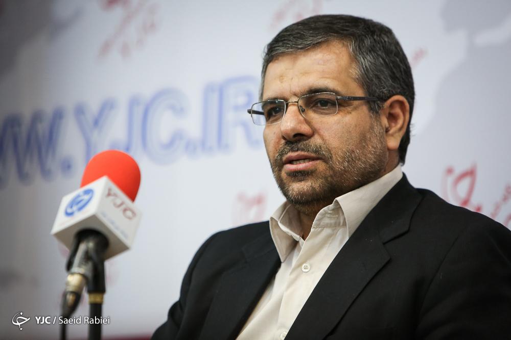 استفاده از ۱۰۰ هزار ساعت حق التدریس ماهیانه در مدارس پایتخت/ افزایش تعداد مدرسههای ۲ شیفته در تهران
