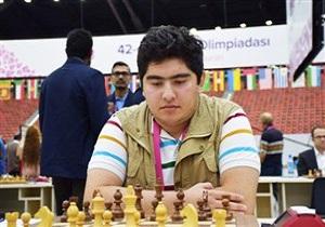 جهان مات شطرنجباز گلستانی شد