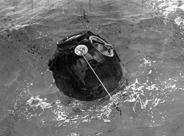 ماجرای عجیب نخستین مسافران مدار ماه