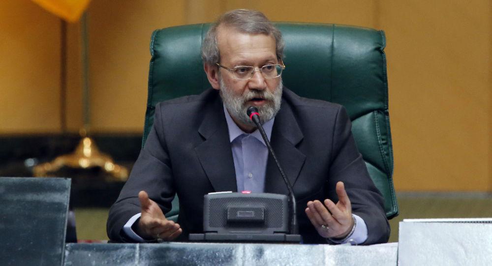 لاریجانی انتخاب رئیس پارلمان عراق را تبریک گفت