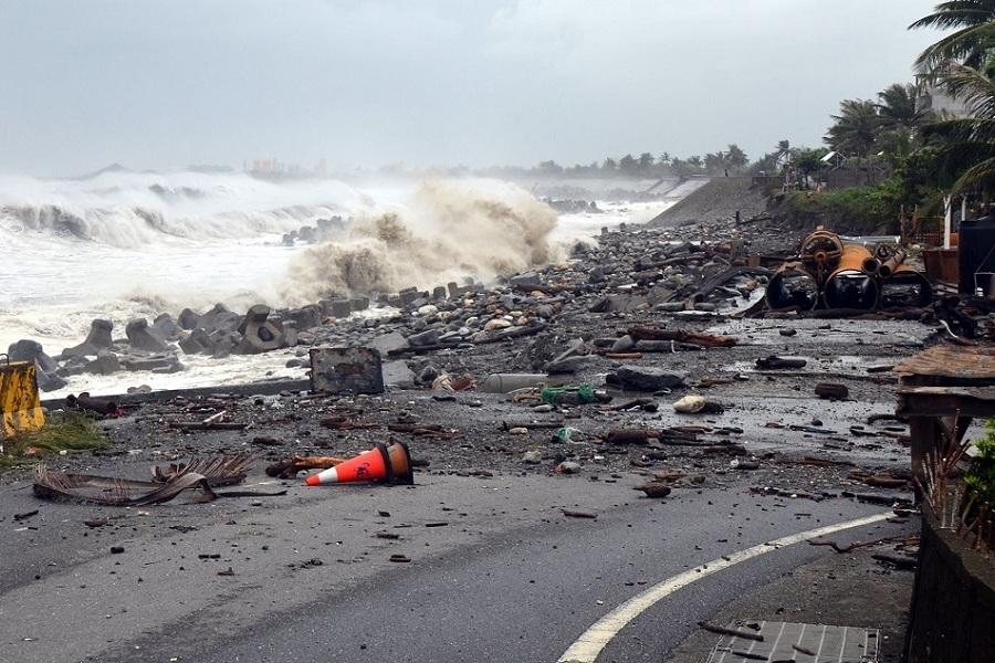 طوفان مانگخوت در شمال فیلیپین ۱۲ کشته برجای گذاشت