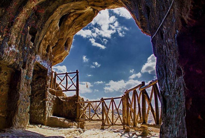 با غار دیدنی  کَرَفتو  در استان لرستان بیشتر آشنا شوید+تصاویر