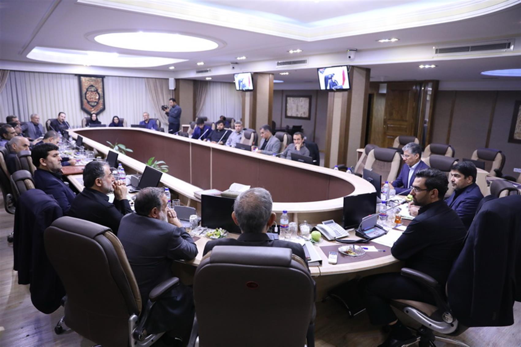 وزارت ارتباطات باید ابتکار عمل در مجامع بین المللی را در دست داشته باشد / تشکیل کمیته بین الملل در سازمان و شرکت های تابعه