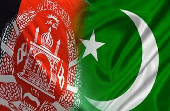 پاکستان 40 هزار تن گندم به افغانستان هدیه کرد