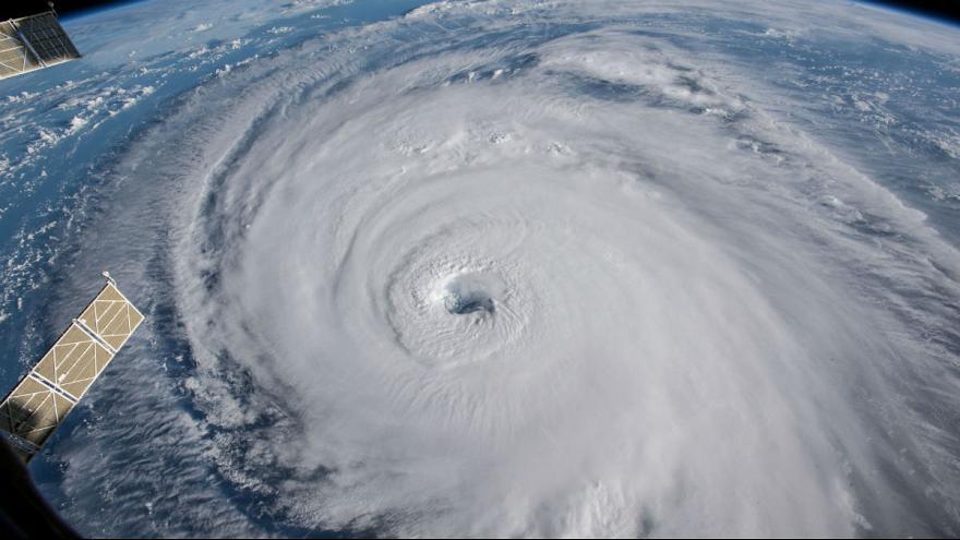 نام طوفان ها چگونه انتخاب می شود و چرا طوفان های «مؤنث» مرگبارترند؟