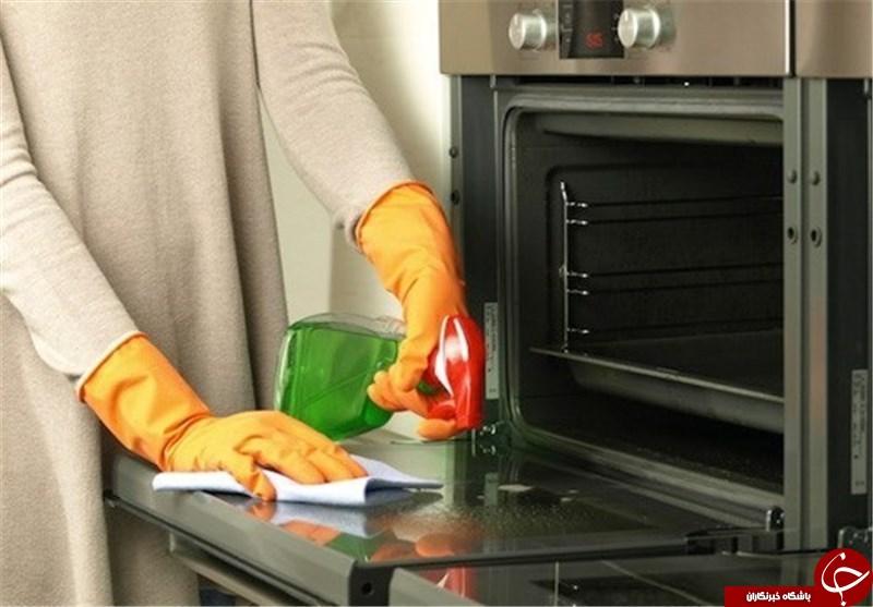 ترفندهایی حیرت انگیز برای تمیز کردن مایکروفر