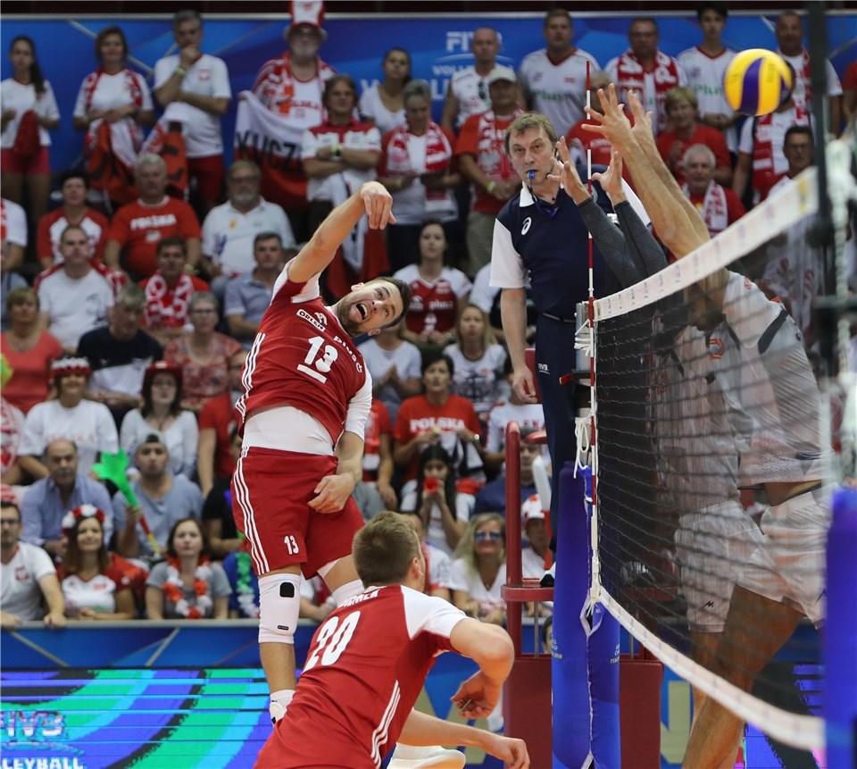 ایران صفر - لهستان یک / برتری لهستانیها در ست نخست