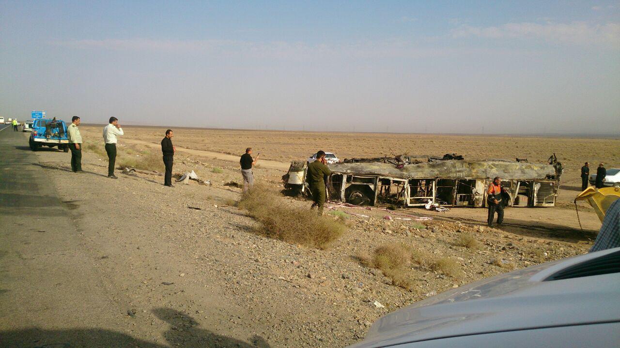 حادثه ناگوار برای اتوبوس مسافربری تهران به کرمان/متاسفانه در این حادثه 19نفر جان باختند