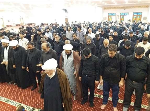 باشگاه خبرنگاران -اقامه نماز ظهر عاشورا در هرمزگان