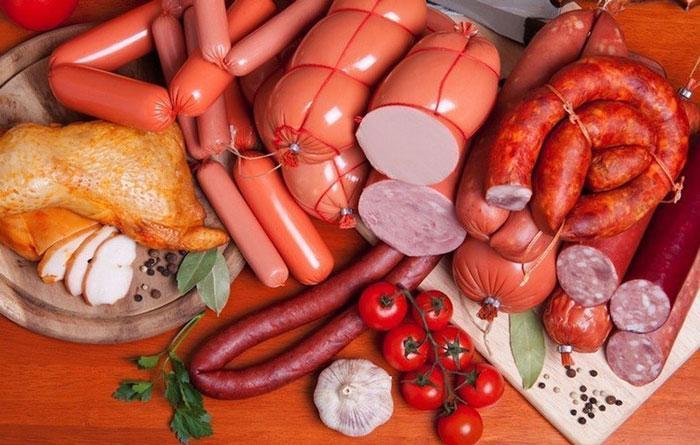 قیمت انواع سوسیس و کالباس در فروشگاههای زنجیرهای