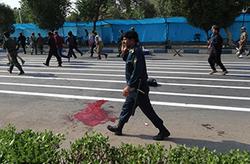 فیلمی از لحظات پرالتهاب حمله تروریستی در مراسم رژه خوزستان