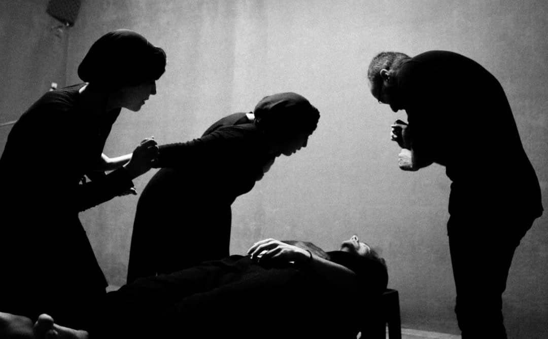 «آلبوم خانوادگى» در عمارت نوفل لوشاتو به روی صحنه می رود