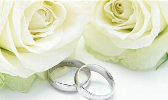اسرار زندگی مجردیمان را به نامزدمان بگوییم یا خیر؟