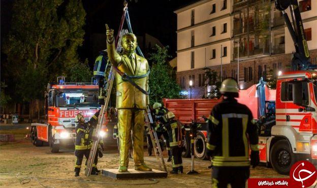 مجسمه طلایی اردوغان در آلمان برچیده شد+ تصاویر