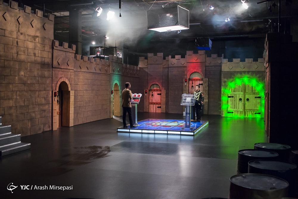 گزارشی کوتاه از پشت صحنه یک مسابقه مهیج تلویزیونی/ غافلگیری مهمترین هدف و ویژگی مسابقه «هفت در سه»