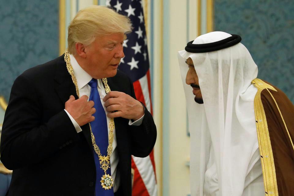 ترامپ: اگر حمایت آمریکا نباشد، ایران ظرف دو هفته بر عربستان غلبه میکند