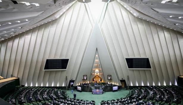 نقوی حسینی: رئیسجمهور تعهد بدهد با عضویت در CFT مشکلات حل میشود، به آن رای میدهیم/ ظریف: بنده و رئیس جمهور تضمین نمی دهیم با پیوستن به CFT مشکلات حل شود
