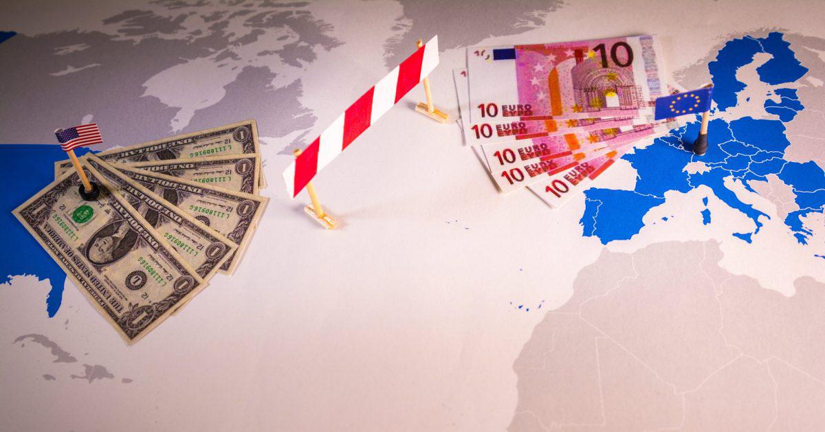 تحریم علیه ایران فرصت طلایی برای اروپا/  آیا دلار از یورو جدا میشود؟