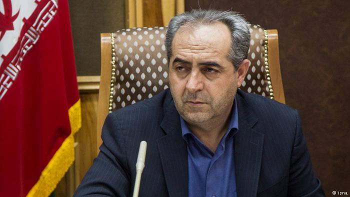 کمیسیون ماده 10 احزاب براساس قانون درباره کنگره اعتمادملی اعلام نظر میکند/درخواست احمدینژاد برای برگزاری تجمع رد شد