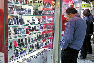 دلار ارزان شد، موبایل نه/بررسی وعده وزیر ارتباطات درخصوص ارزان شدن موبایل