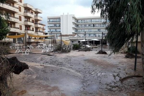 سیل در اسپانیا ۸ کشته برجای گذاشت