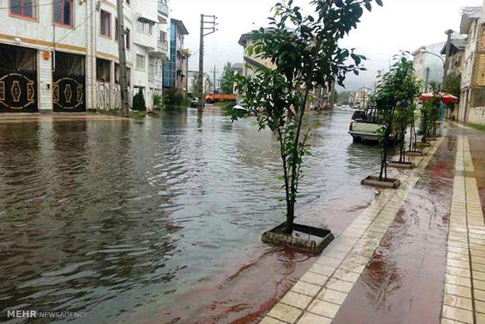 امدادرسانی به ۲۴۱۹ نفر گرفتار در سیل و آبگرفتگی استان گیلان
