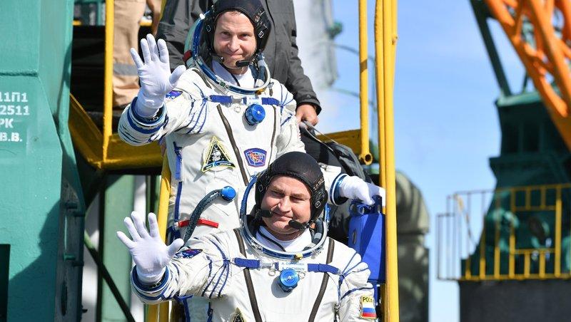 پرتاب موشک سایوز حامل دو فضانورد آمریکایی و روس با مشکل مواجه شد