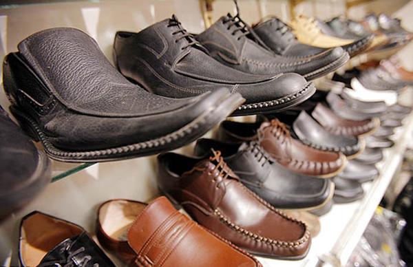 سهم 1درصدی ایران از گردش 120 میلیارد دلاری صنعت کفش در جهان/ ظرفیت تولید 400 میلیون جفت کفش وجود دارد