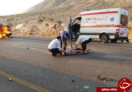 ۳ کشته و زخمی در تصادف ۲ دستگاه خودرو سواری/خودروها در آتش سوختند + تصاویر