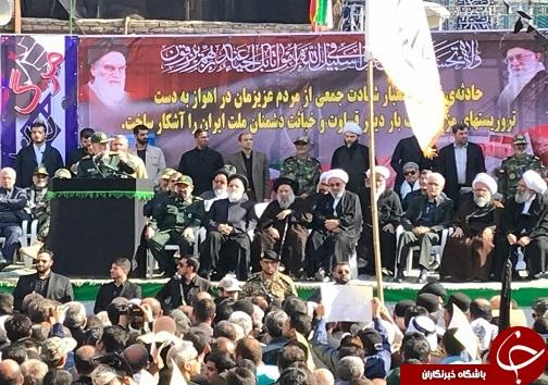حضور سران لشکری و کشوری در مراسم تشییع شهدا اهواز