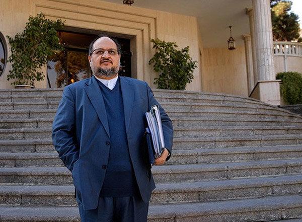 پشت پرده استعفای دستهجمعی ۷ معاون وزیر صنعت