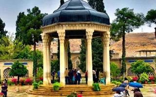 راز محبوبیت حافظ شیرازی در چیست؟