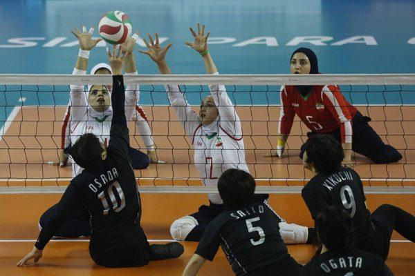 ورزشکاران والیبال نشسته کرمانی نایبقهرمان رقابتهای پاراآسیایی جاکارتا