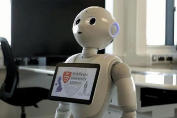 برای نخستینبار یک ربات در پارلمان انگلیس حاضر می شود!