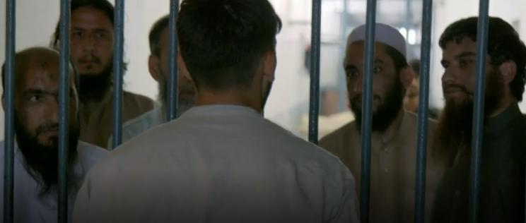 اظهارات عجیب عناصر داعش و طالبان/در بند تروریستهای بزرگترین زندان افغانستان چه میگذرد؟ +تصاویر