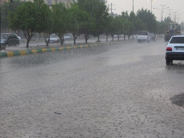 باران در راه است؛ احتمال آبگرفتگی معابر وجود دارد