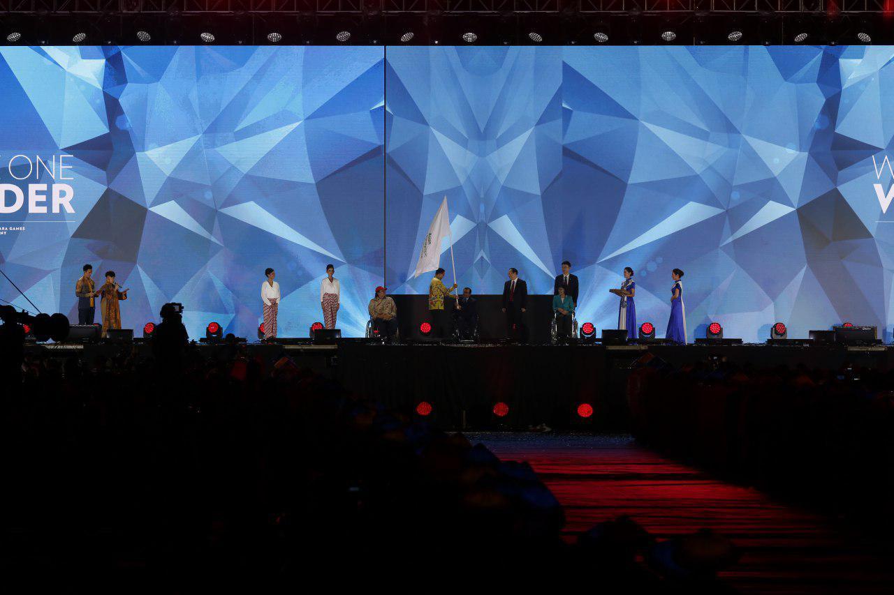 تصاویری از مراسم اختتامیه بازیهای پاراآسیایی جاکارتا