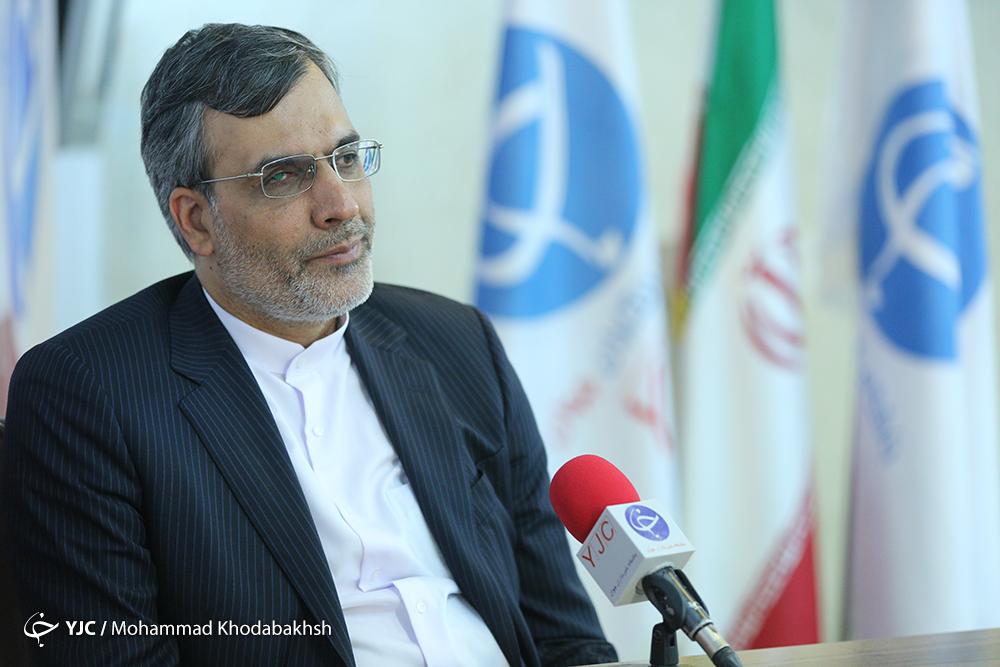 ایران در بازسازی سوریه کمک بلاعوض نمی کند/پیش شرط عربستان برای حل بحران یمن پیروزی در میدان جنگ است