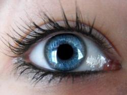 این علائم در چشم ها ظاهر می شوند