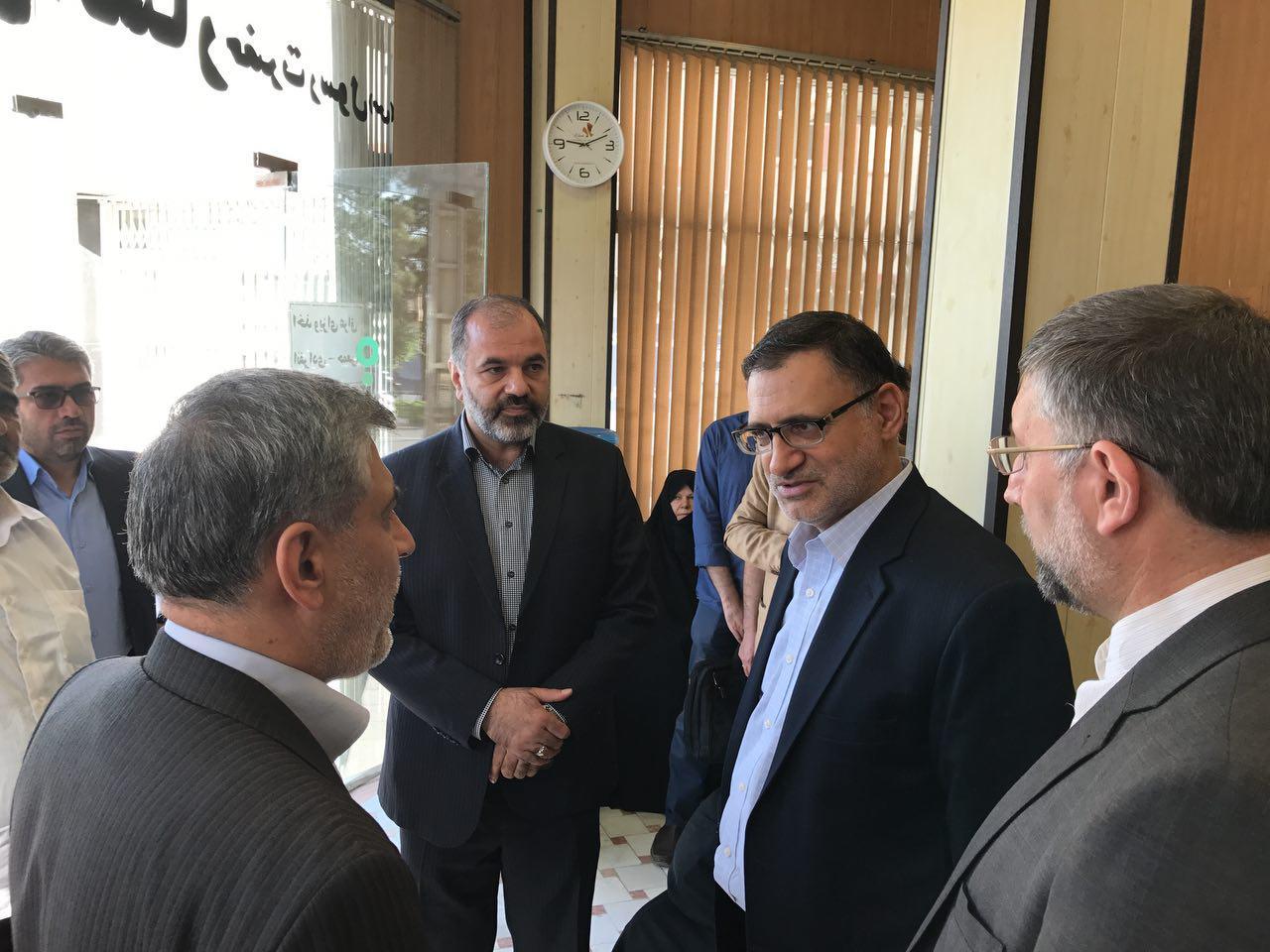 بازدید رئیس سازمان حج و زیارت از دفاتر ثبت نام زائران اربعین