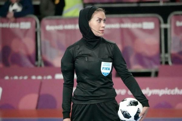 قضاوت داور بانوی ایرانی در فینال رقابت های فوتسال المپیک
