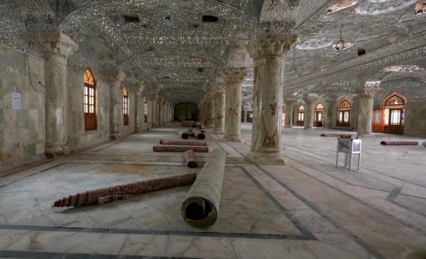صحن حضرت زهرا(س) برای استقبال از زائرین اربعین مفروش شد+عکس