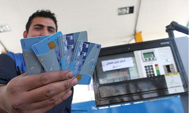 گزارش/ بازار قاچاق سوخت هر روز داغتر میشود!/ چگونه میتوان از تاراج سرمایه ملی جلوگیری کرد؟