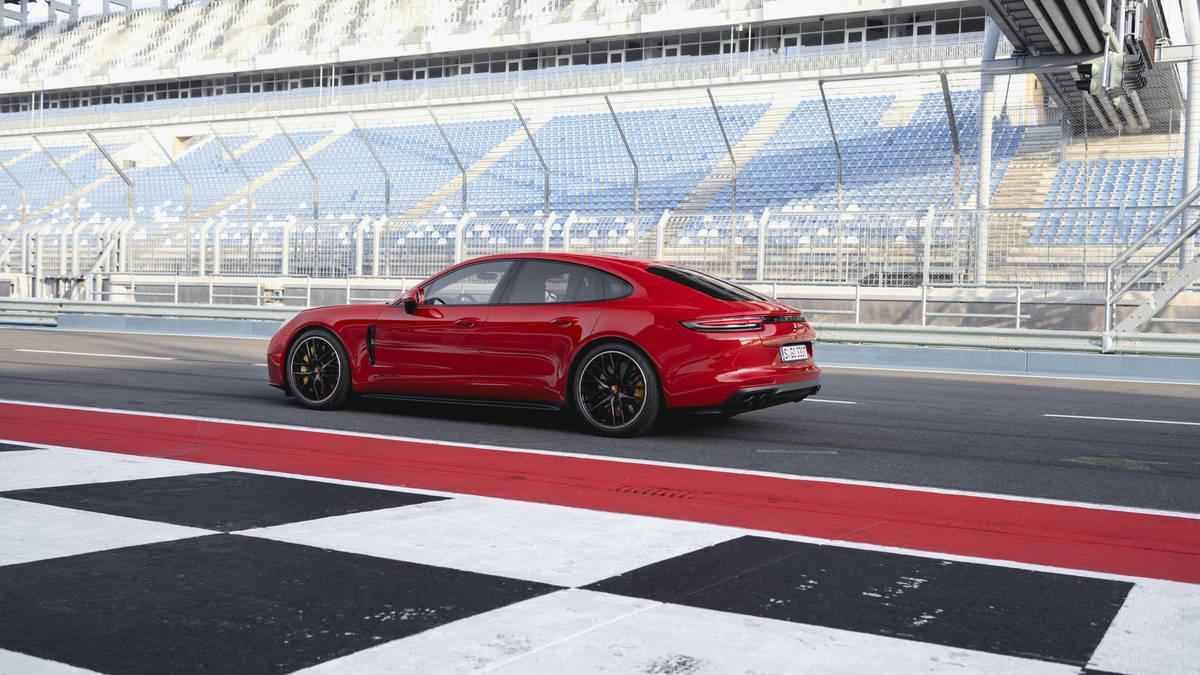 Panamema GTS و Sport Turismo GTS خودروهای جدید پورشه + عکس