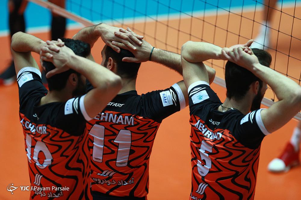 تیم والیبال سایپا ۳ – عقاب تهران یک/ نارنجیپوشان با پیروزی آغاز کردند